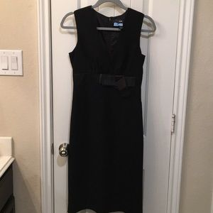 H&M mid black dress